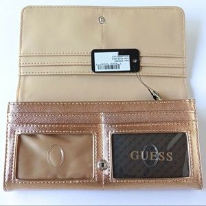 Guess Abree SLG Clutch Rose Gold NWT SF602653